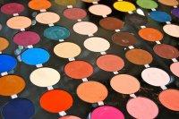Разница между обычной и профессиональной декоративной косметики